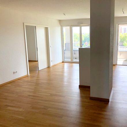 Rent this 4 bed apartment on Pempelfort in Dusseldorf, North Rhine-Westphalia