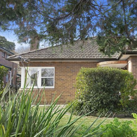 Rent this 3 bed house on 3 Old Beecroft  Road