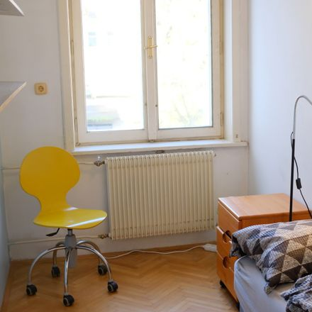 Rent this 8 bed room on Rozmanova ulica 6 in 1000 Ljubljana, Eslovenia