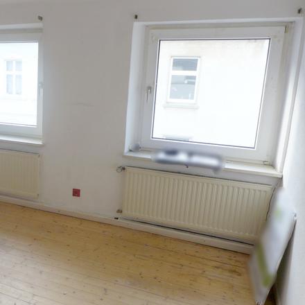 Rent this 3 bed apartment on Hüttenstraße 2 in 45525 Hattingen, Germany