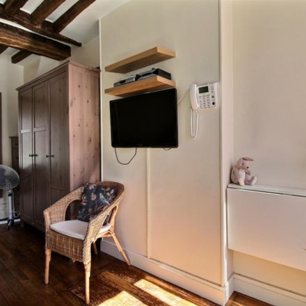 Rent this 0 bed apartment on 11 Rue Ternaux in 75011 Paris, France