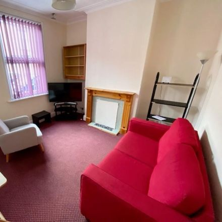 Rent this 3 bed room on 268 Sharrow Vale Road in Sheffield S11 8ZF, United Kingdom