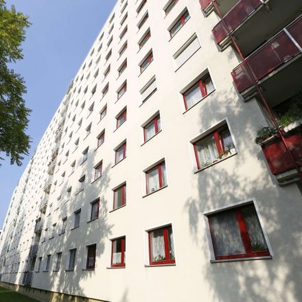 Rent this 3 bed apartment on Leipzig in Lößnig, SAXONY