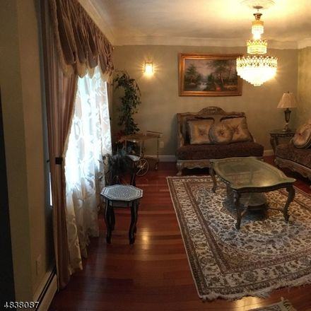 Rent this 4 bed apartment on Summit Rd in Parsippany, NJ