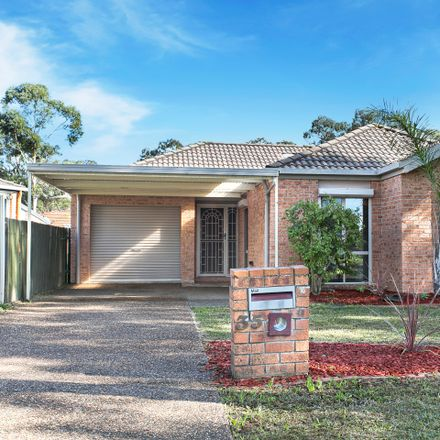 Rent this 3 bed house on 35 Mackillop Crescent