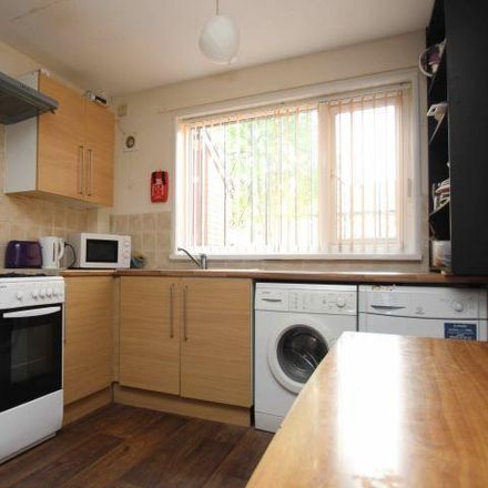 Rent this 3 bed house on St John's Close in Leeds LS6 1SE, United Kingdom