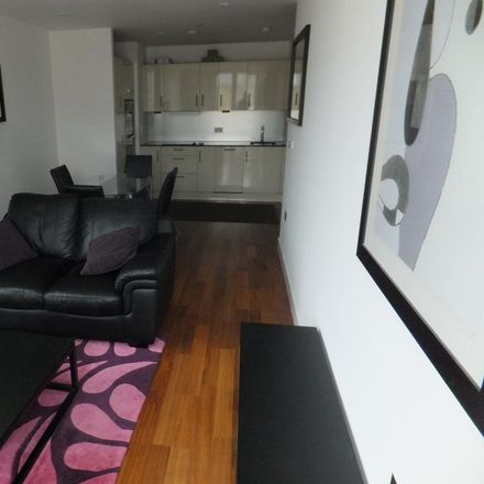 Rent this 2 bed apartment on Saint David's 2 in Hills Street, Cardiff CF