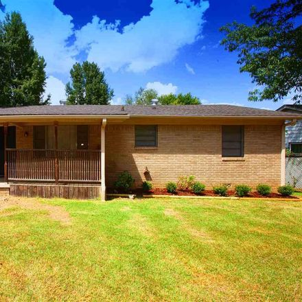 Rent this 3 bed house on 224 Willow Street in Jacksonville, AR 72076