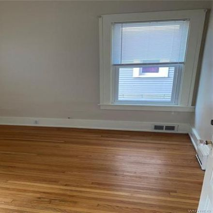 Rent this 3 bed apartment on 54 Manchester Place in Buffalo, NY 14213