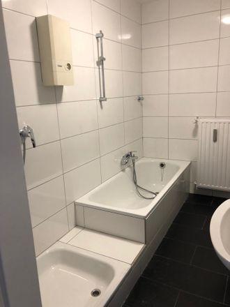 Rent this 2 bed apartment on Geilenkirchener Straße 23 in 52134 Herzogenrath, Germany