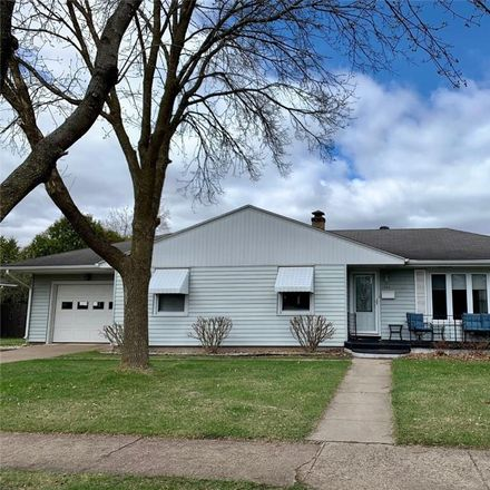 Rent this 3 bed house on 304 West Tyler Avenue in Eau Claire, WI 54701