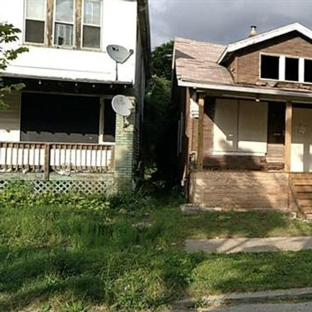 Rent this 3 bed house on 2566 Beals Street in Detroit, MI 48214
