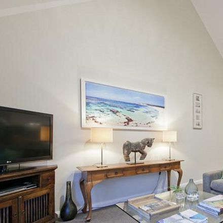 Rent this 2 bed apartment on 22/1 Norfolk Street
