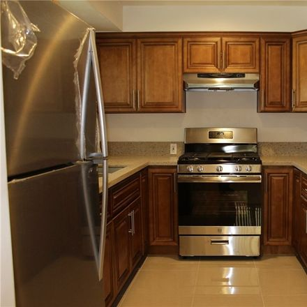 Rent this 1 bed condo on North Edgemont Street in Los Angeles, CA 90004