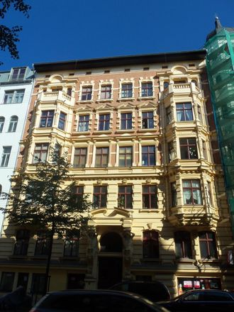 Rent this 3 bed apartment on Sternstraße 31 in 39104 Magdeburg, Germany