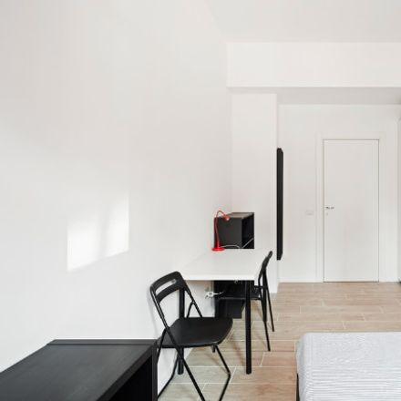 Rent this 3 bed room on Viale Legioni Romane in 39, 20147 Milano MI