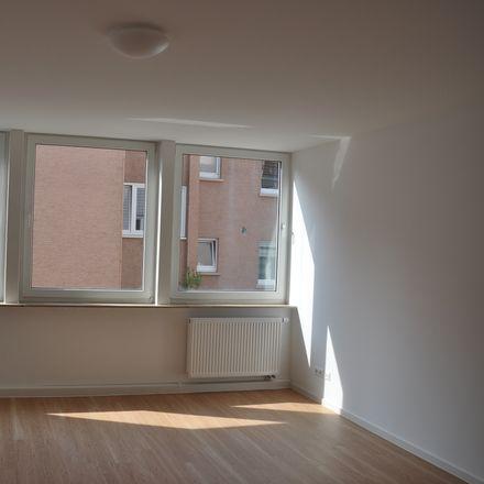 Rent this 5 bed apartment on Kronstraße 31 in 76829 Landau in der Pfalz, Germany