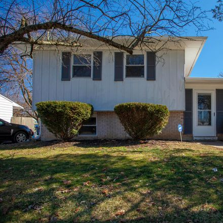 Rent this 3 bed house on 2886 Fleet Road in Columbus, OH 43232
