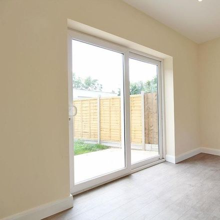 Rent this 2 bed house on Hargrove Road in Harrogate HG2 7RD, United Kingdom