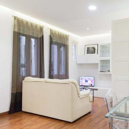 Rent this 1 bed apartment on Patio Maravillas in Calle del Divino Pastor, 9