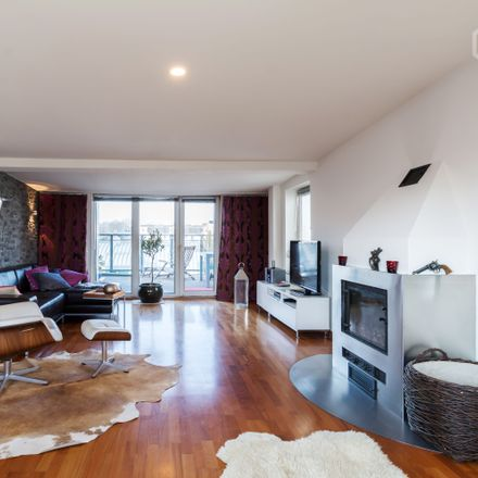 Rent this 1 bed apartment on Erikastraße 51 in 20251 Hamburg, Germany