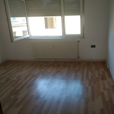 Rent this 3 bed apartment on Rottstraße 4 in 44787 Bochum, Germany