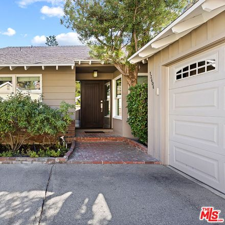 Rent this 4 bed house on Emelita Street in Los Angeles, CA 91401