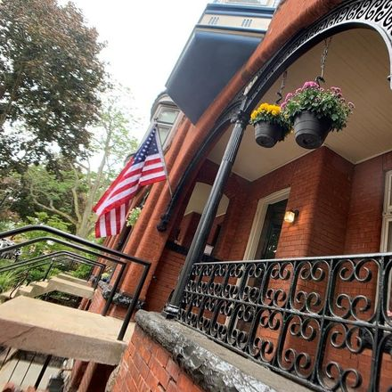 Rent this 1 bed apartment on 182 North Pearl Street in Buffalo, NY 14202