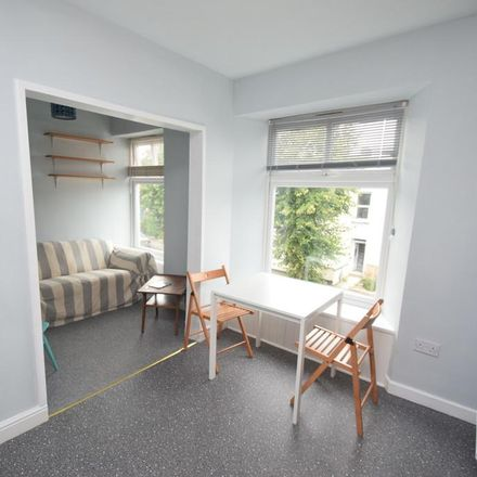 Rent this 2 bed apartment on Clifton Terrace in Falmouth TR11 3QG, United Kingdom