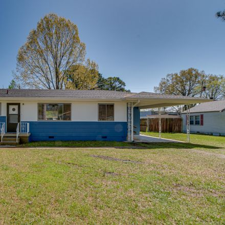 Rent this 2 bed house on 212 Central Drive in Chattanooga, TN 37421
