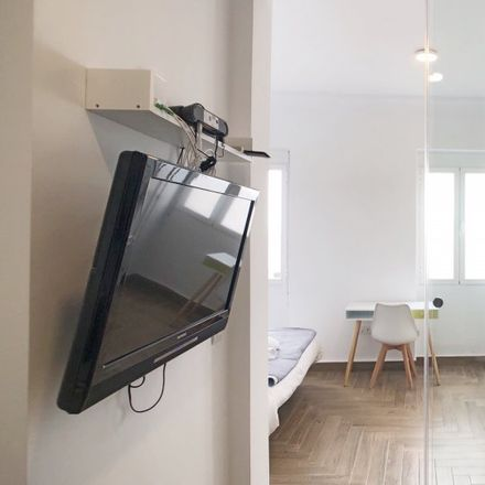 Rent this 1 bed apartment on Hotel Exe Moncloa in Calle del Arcipreste de Hita, 10