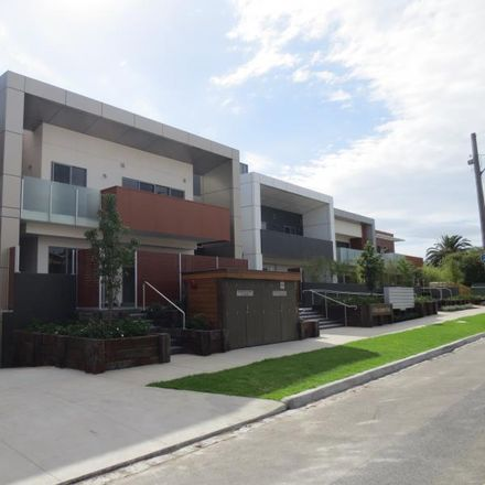 Rent this 2 bed apartment on 107/41 Murrumbeena Rd