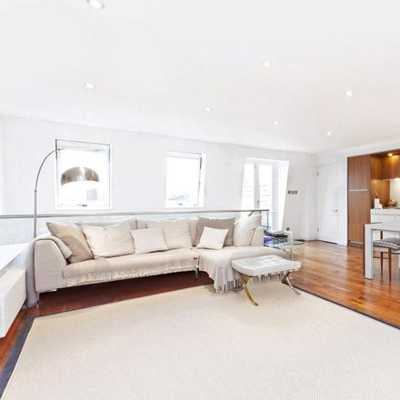 Rent this 3 bed apartment on Lauderdale Mansions South in 229-243 Lauderdale Road, London W9 1LX
