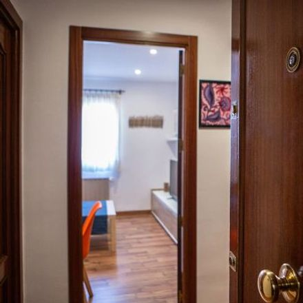 Rent this 3 bed apartment on Calle de San Leopoldo in 28001 Madrid, Spain
