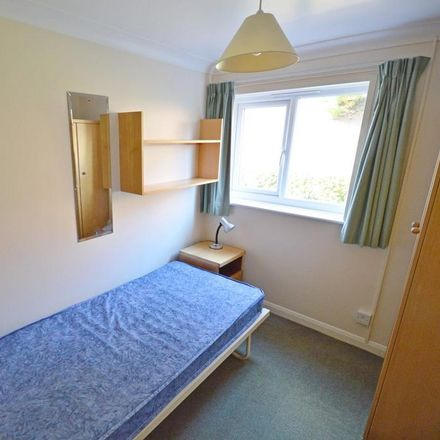 Rent this 3 bed apartment on St. Christopher's Close in Chichester PO19 3RD, United Kingdom