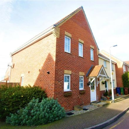 Rent this 3 bed house on Lennox Close in North Stifford RM16 6AP, United Kingdom