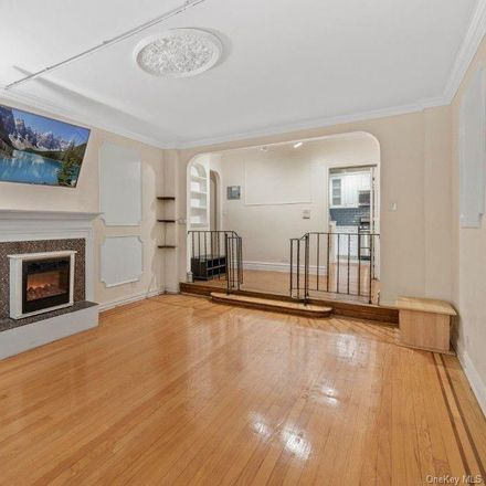 Rent this 2 bed apartment on 2506 Davidson Avenue in New York, NY 10468