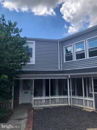 Rent this 1 bed apartment on 202 South Samuel Street in Charles Town, WV 25414