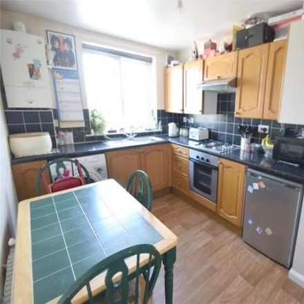 Rent this 3 bed house on Ridgeway Mount in Bradford BD22 6LY, United Kingdom