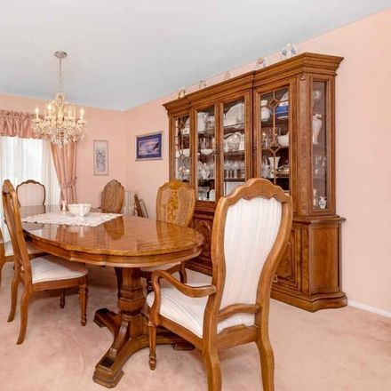 Rent this 5 bed house on Princeton Dr in Middlesex, NJ