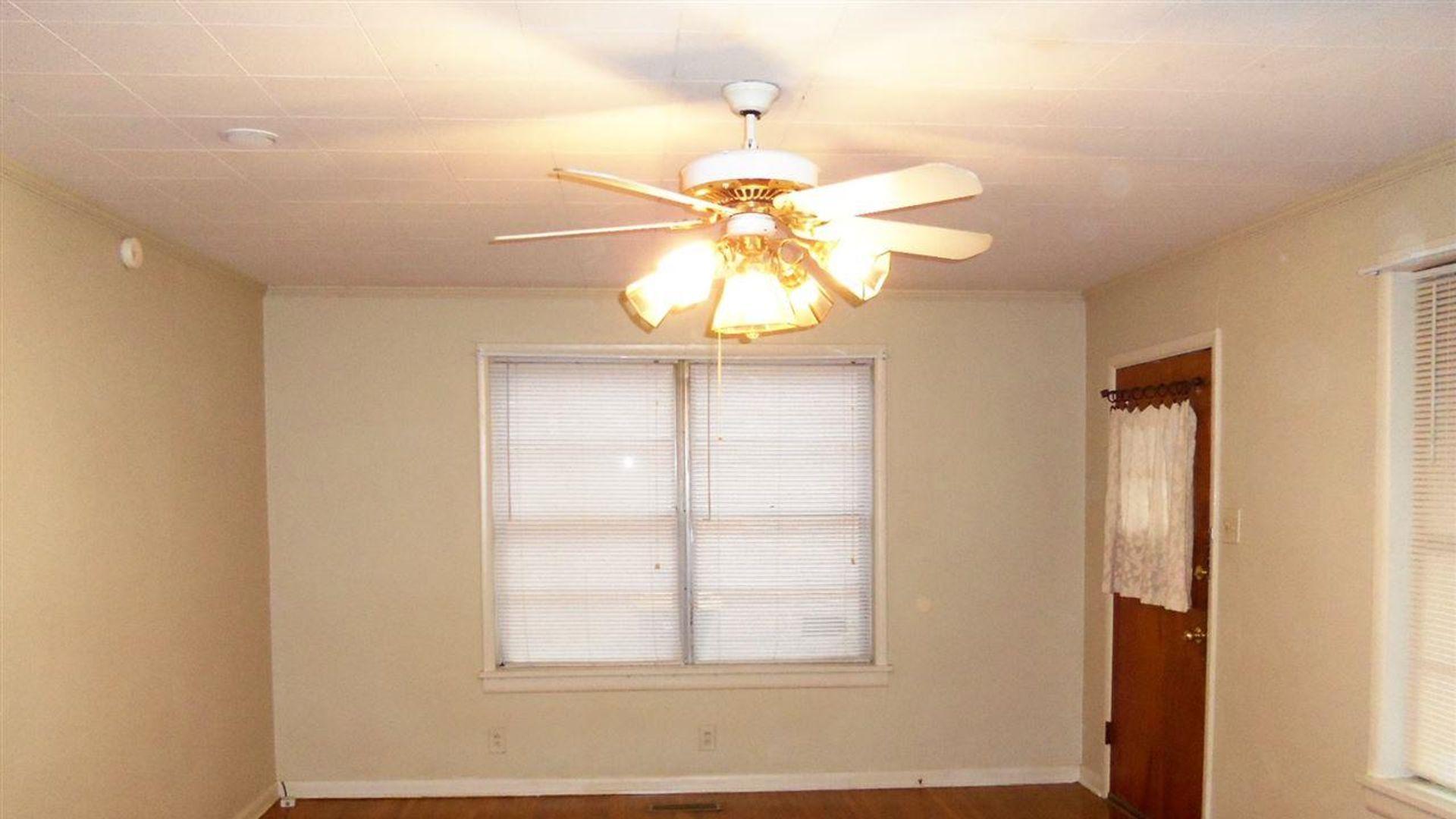 2 bedroom duplex at N Cypress St, North Little Rock, AR ...