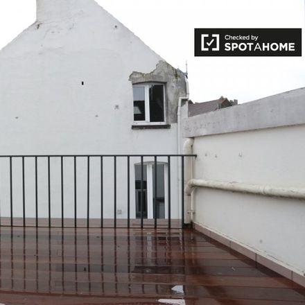 Rent this 1 bed apartment on Rue Jenneval - Jennevalstraat 17 in 1000 Ville de Bruxelles - Stad Brussel, Belgium