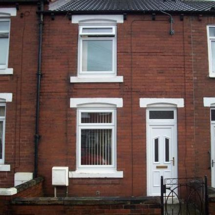Rent this 2 bed house on Garden Street in Wakefield WF10 5AN, United Kingdom