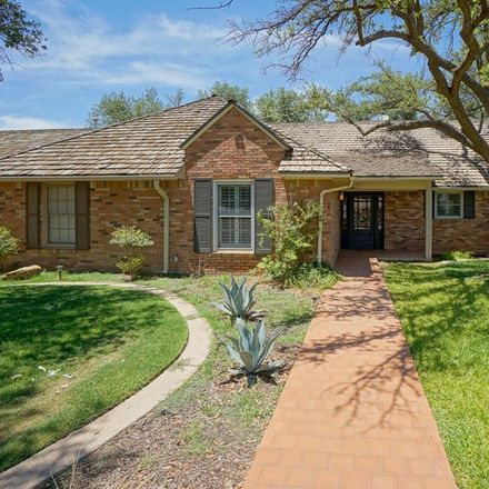 Rent this 3 bed townhouse on 2 Oaklawn Park in Midland, TX 79705