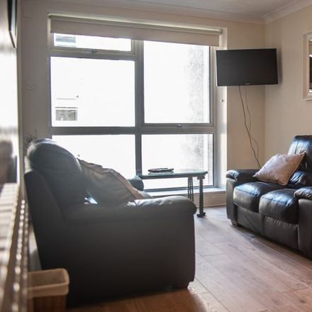 Rent this 2 bed apartment on Best Car Parks in Townsend Street, Mansion House A ED