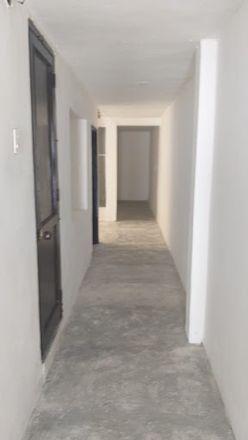 Rent this 2 bed apartment on Calle 101 in Comuna 5 - Castilla, Medellín