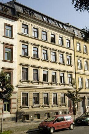 Rent this 1 bed apartment on Berliner Straße 30 in 01067 Dresden, Germany