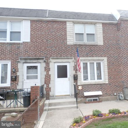 Rent this 3 bed townhouse on 124 West Berkley Avenue in Clifton Heights, PA 19018