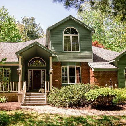 Rent this 4 bed house on Doelner Cir in Castleton on Hudson, NY