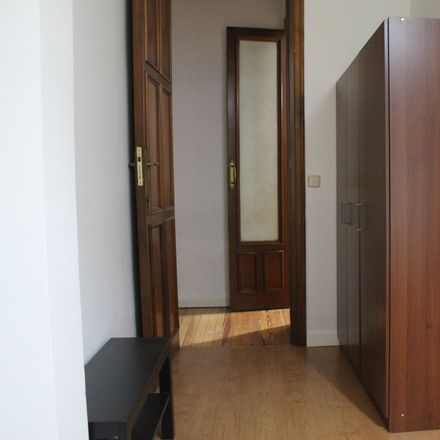 Rent this 8 bed room on Calle de Santa Engracia in 122, 28001 Madrid
